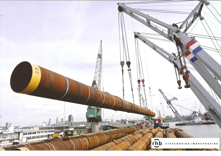 Steel piles loading RHB Stevedoring & Warehousing