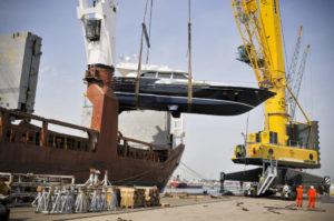 208 tons high speed heavy lift crane for project cargo RHB Stevedoring & Warehousing