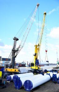 Tandem Lifting LHM 550 + LHM 600 Rotterdam Heavy lift and Project Cargo Cranes RHB Stevedoring & Warehousing